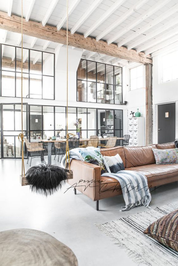 12-cozy-bright-living-room