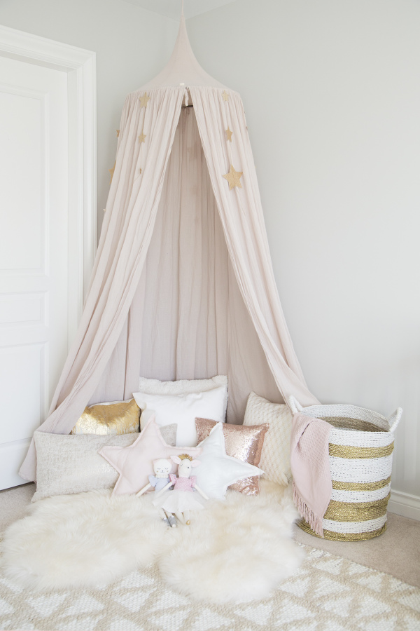 playroom boho