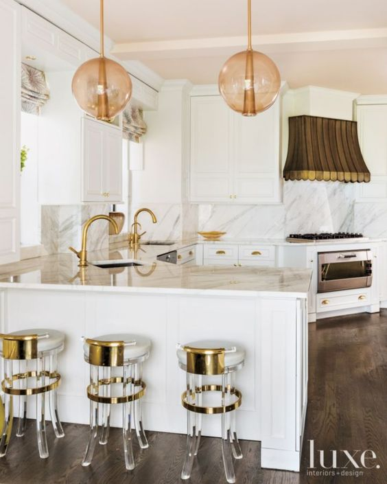 KITCHEN TOUCH OF PINK CEILING AND BRONZE LAMPS